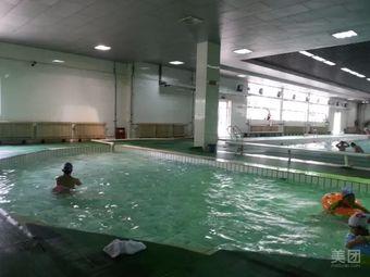 如皋高师游泳馆
