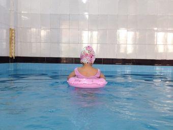 大光华国际学校游泳馆