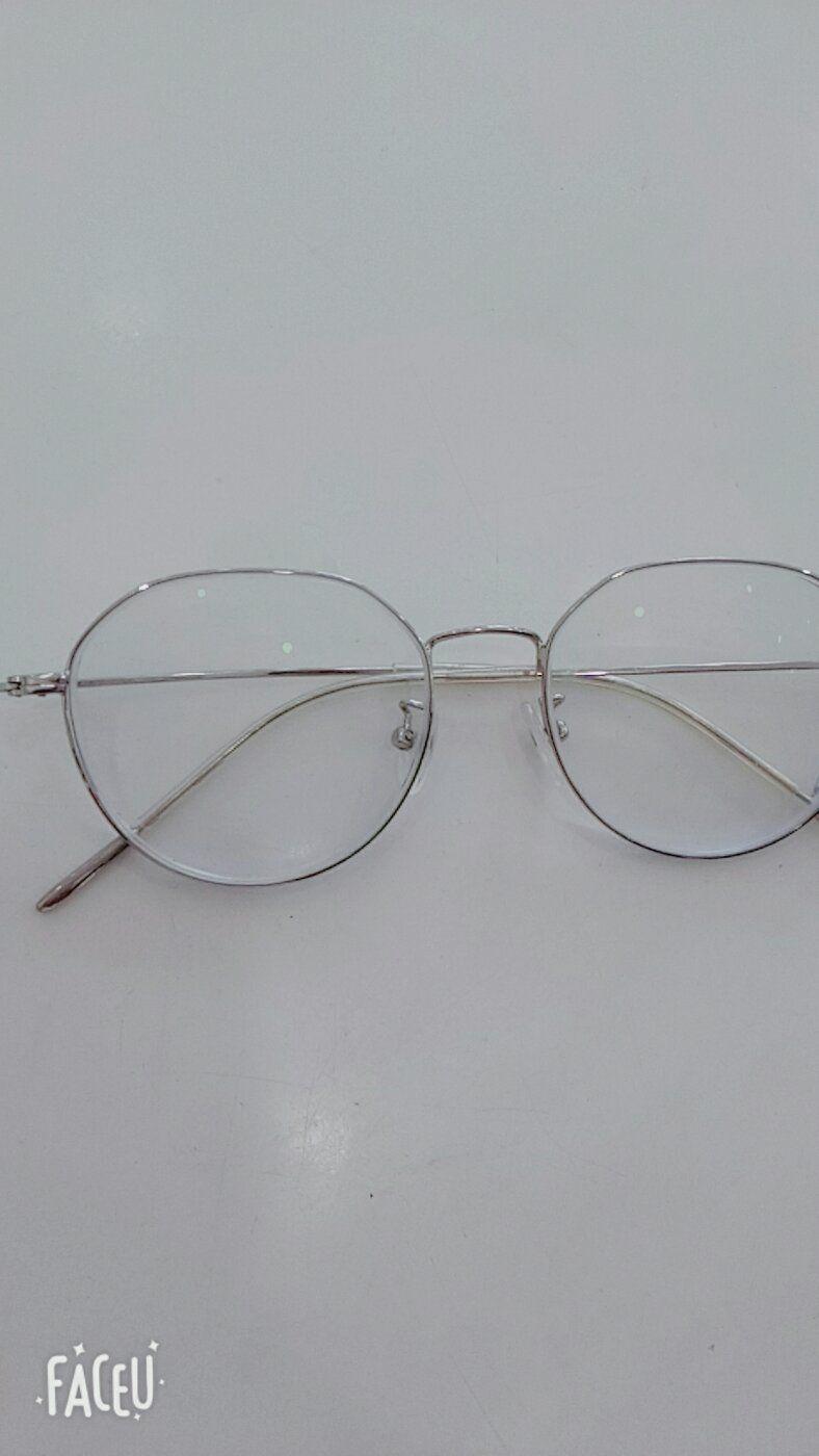 war977388480 2018年6月6日 非常满意,眼镜的款式特别多都挑花眼了.图片