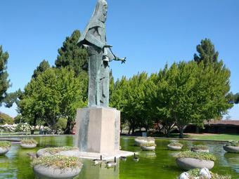 Statue of Saint Clare