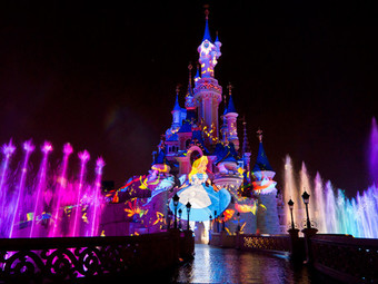 A Night Time Spectacular Show: Disney Dreams!