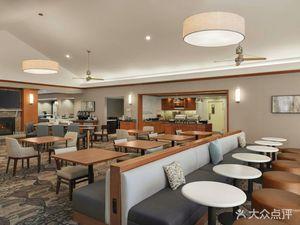 阿倫鎮伯利恒機場希爾頓欣庭套房酒店