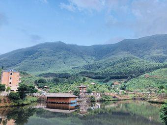罗汉峰生态园