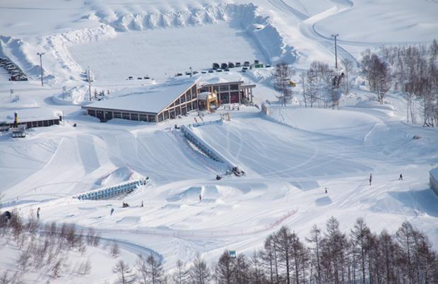 戏冬景区滑雪场