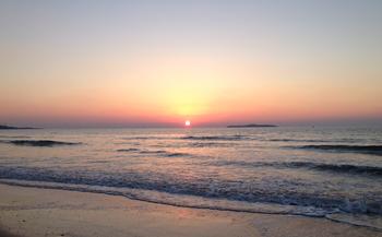 【合肥出发】灵山岛风景区、日照奇趣海洋世界、青岛金沙滩等3日跟团游*纯玩,含门票2早2正-美团