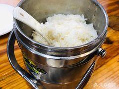 笨罗卜浏阳菜馆(黄兴广场育英街店)的米饭
