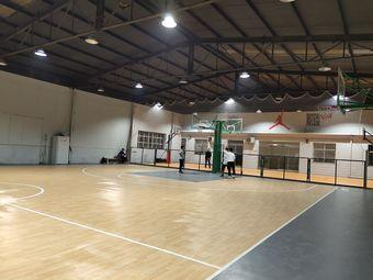 23主场篮球俱乐部