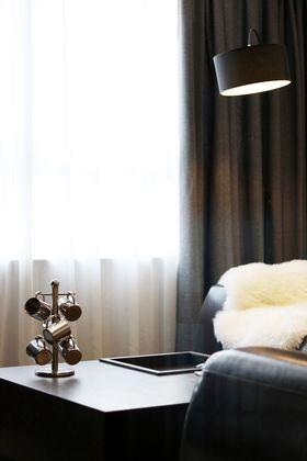 120平米四现代简约风格阳光房欣赏图