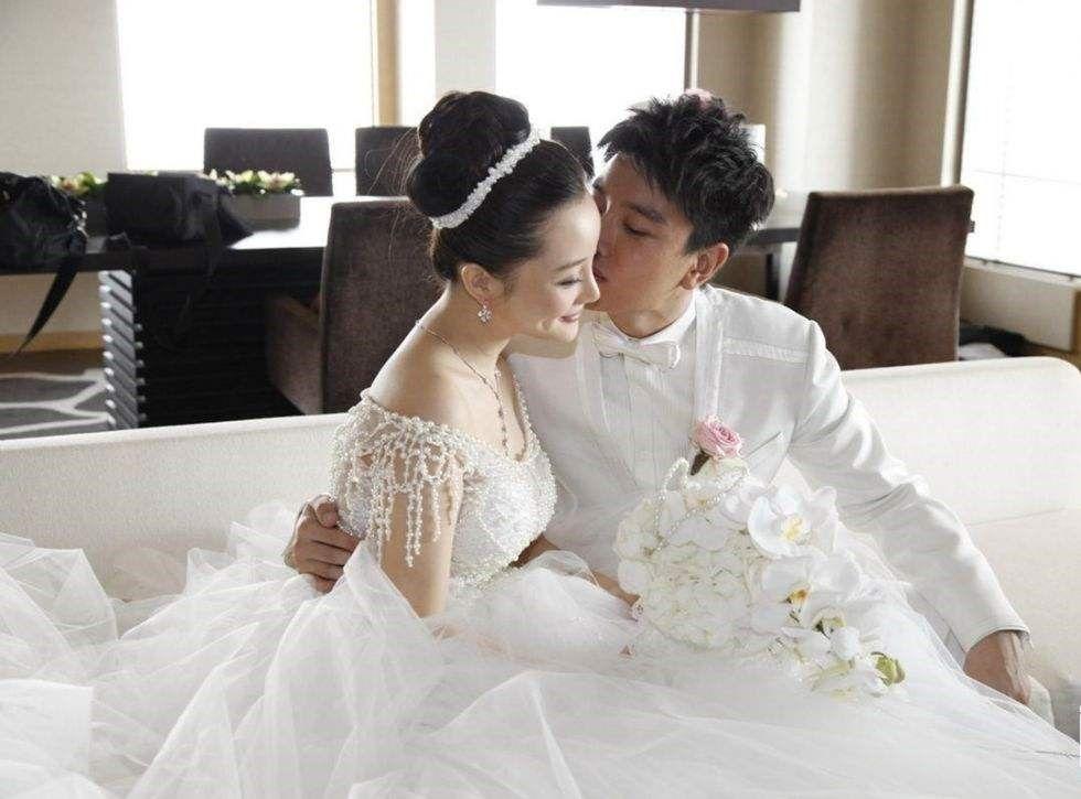 怎样选择合适的结婚礼服