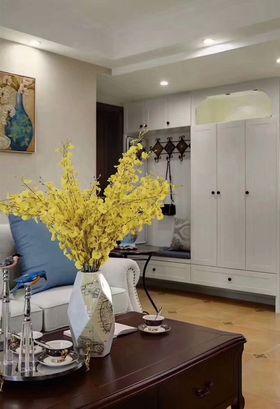 90平米美式风格客厅装修效果图