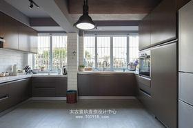 经济型130平米三室一厅其他风格厨房图