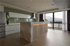 130平米三室两厅其他风格餐厅设计图