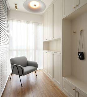 30平米以下超小户型现代简约风格衣帽间装修案例