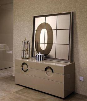 经济型100平米三室两厅现代简约风格梳妆台欣赏图