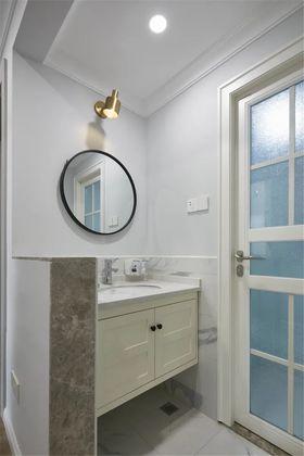 120平米三室兩廳現代簡約風格衛生間裝修效果圖