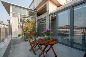 10-15万110平米三室两厅现代简约风格阳台设计图
