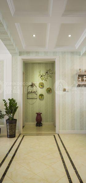 130平米四室两厅欧式风格玄关装修案例