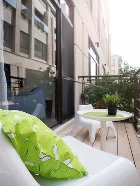 10-15万100平米三室两厅其他风格阳台设计图