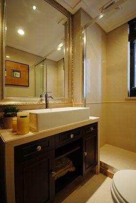 10-15万140平米三室两厅东南亚风格卫生间效果图