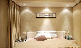 富裕型100平米三室两厅现代简约风格卧室效果图