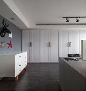 100平米现代简约风格餐厅装修效果图