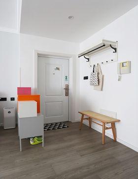 60平米公寓現代簡約風格玄關圖