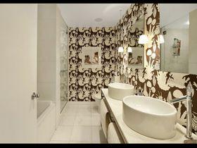 豪华型140平米三室两厅其他风格卫生间装修案例