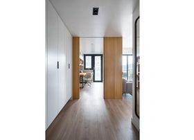 120平米三室一厅现代简约风格走廊图片