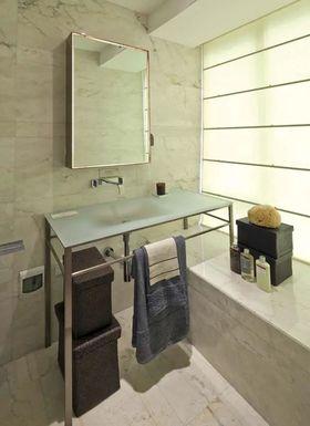 100平米现代简约风格卫生间设计图