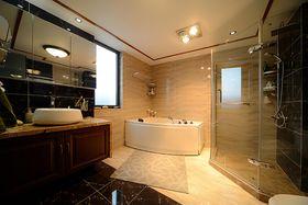 15-20万140平米四室两厅东南亚风格卫生间欣赏图