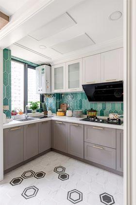 120平米现代简约风格厨房效果图