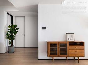 140平米三室兩廳現代簡約風格客廳圖