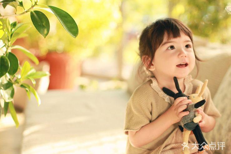 小可爱专业儿童摄影机构(河西店)