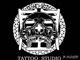闺绣刺青纹身店