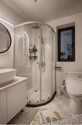 70平米三室两厅北欧风格卫生间装修效果图