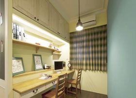 经济型130平米三室两厅田园风格书房设计图