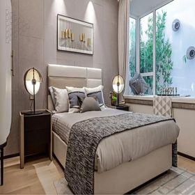 130平米三室两厅现代简约风格卧室图