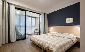 80平米現代簡約風格臥室設計圖