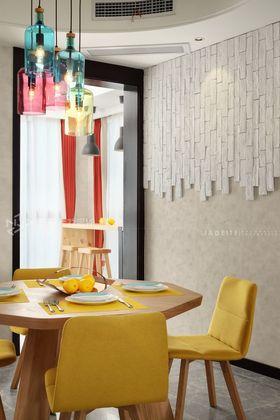 130平米三室两厅北欧风格餐厅设计图