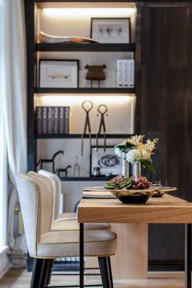 140平米三室两厅现代简约风格餐厅装修案例