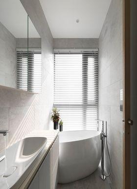 140平米四室两厅现代简约风格卫生间装修效果图