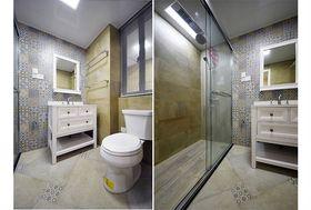 经济型110平米三室两厅现代简约风格卫生间设计图