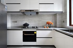 130平米现代简约风格厨房设计图