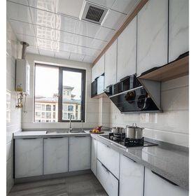 90平米三室一厅现代简约风格厨房图