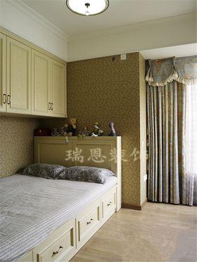 5-10万90平米三室一厅美式风格卧室欣赏图
