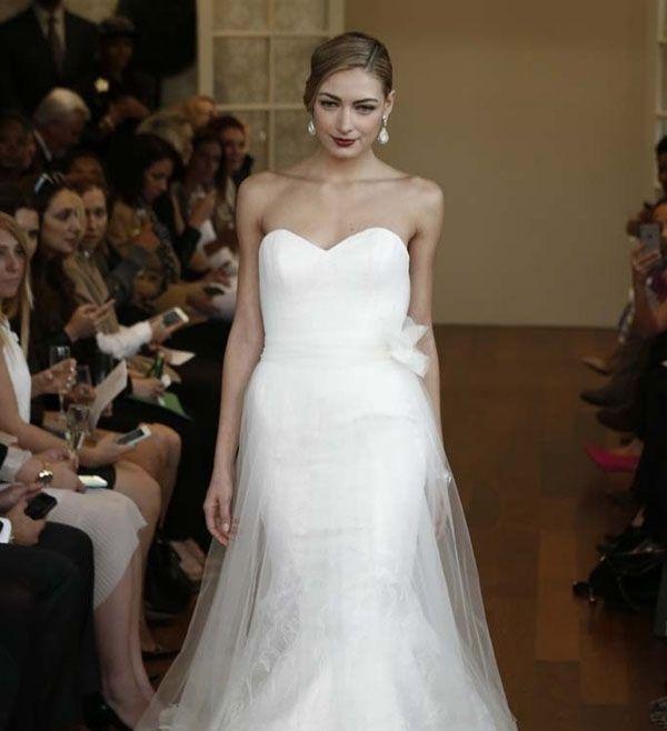 2015秋冬宫廷风婚纱来袭 打造皇室风优雅新娘