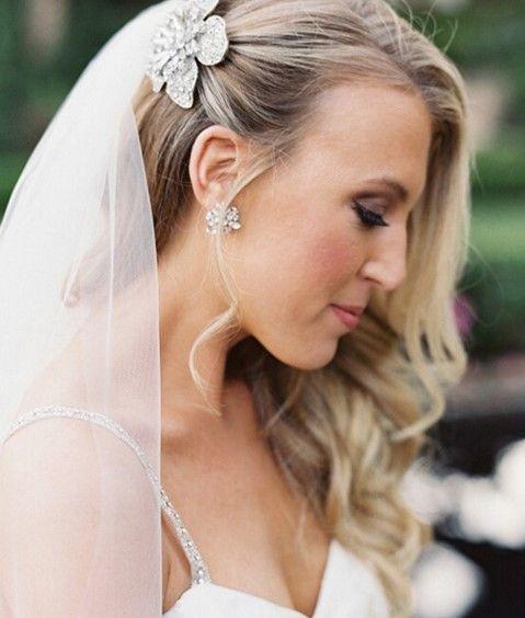 新娘戴头纱发型 7款造型盘点