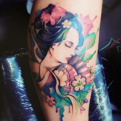 水彩艺妓纹身款式图