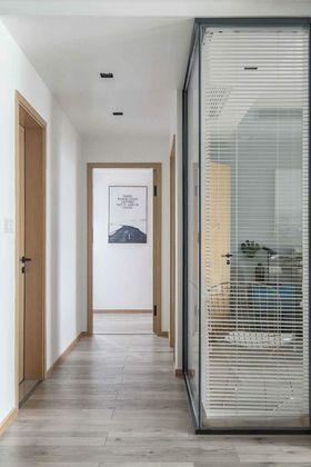 130平米三室两厅北欧风格客厅图