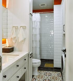 富裕型130平米四室两厅现代简约风格卫生间装修效果图